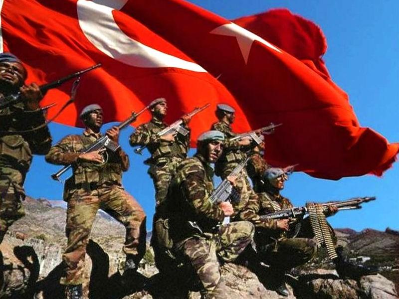 Турецкие военные сообщили оликвидации 11 боевиковИГ насевере Сирии