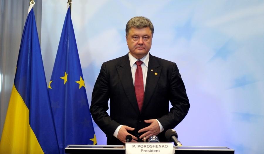 Порошенко: безвизовый режим возвратит Крым иДонбасс