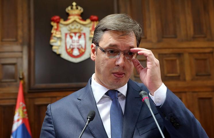 Шойгу поблагодарил Вучича заподдержку гуманитарной операции вАлеппо
