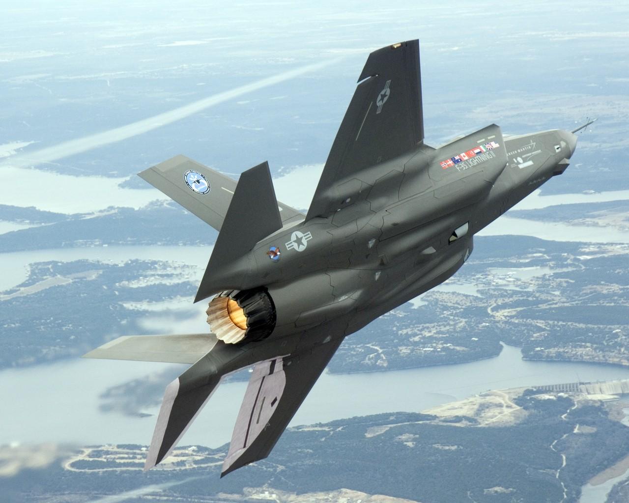 США планирует поставить вЕвропу истребители F-35