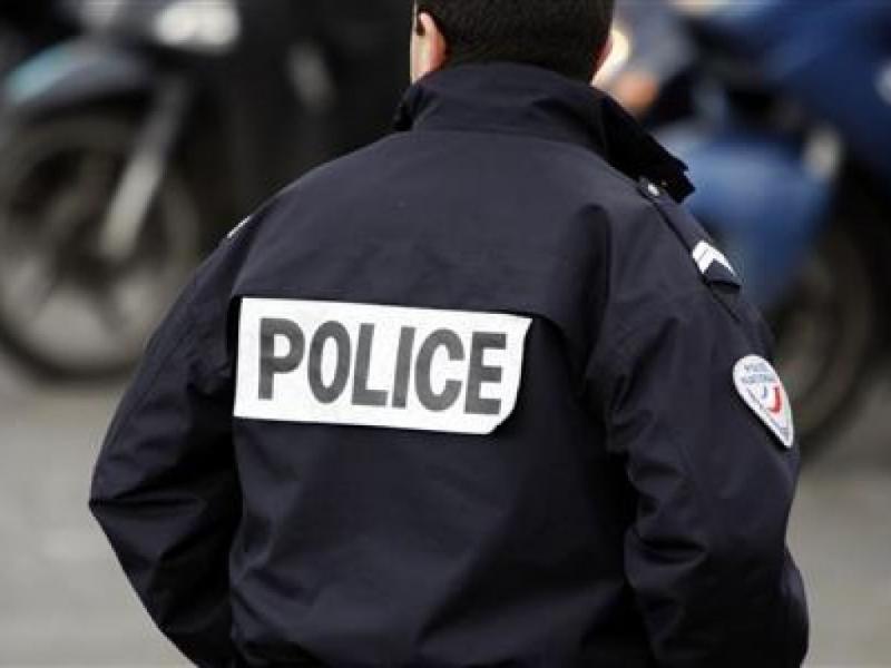 Французские полицейские уплыли «зайцами» наавианосце США