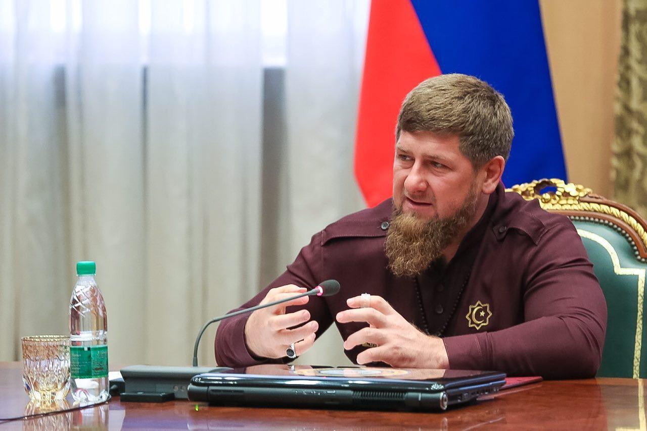 Кадыров призвал В.Путина участвовать впрезидентских выборах 2018 года