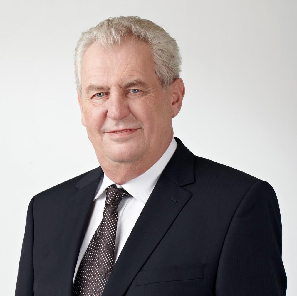Президент Чехии наРождество пожелал соотечественникам небезопасной жизни «полной риска»