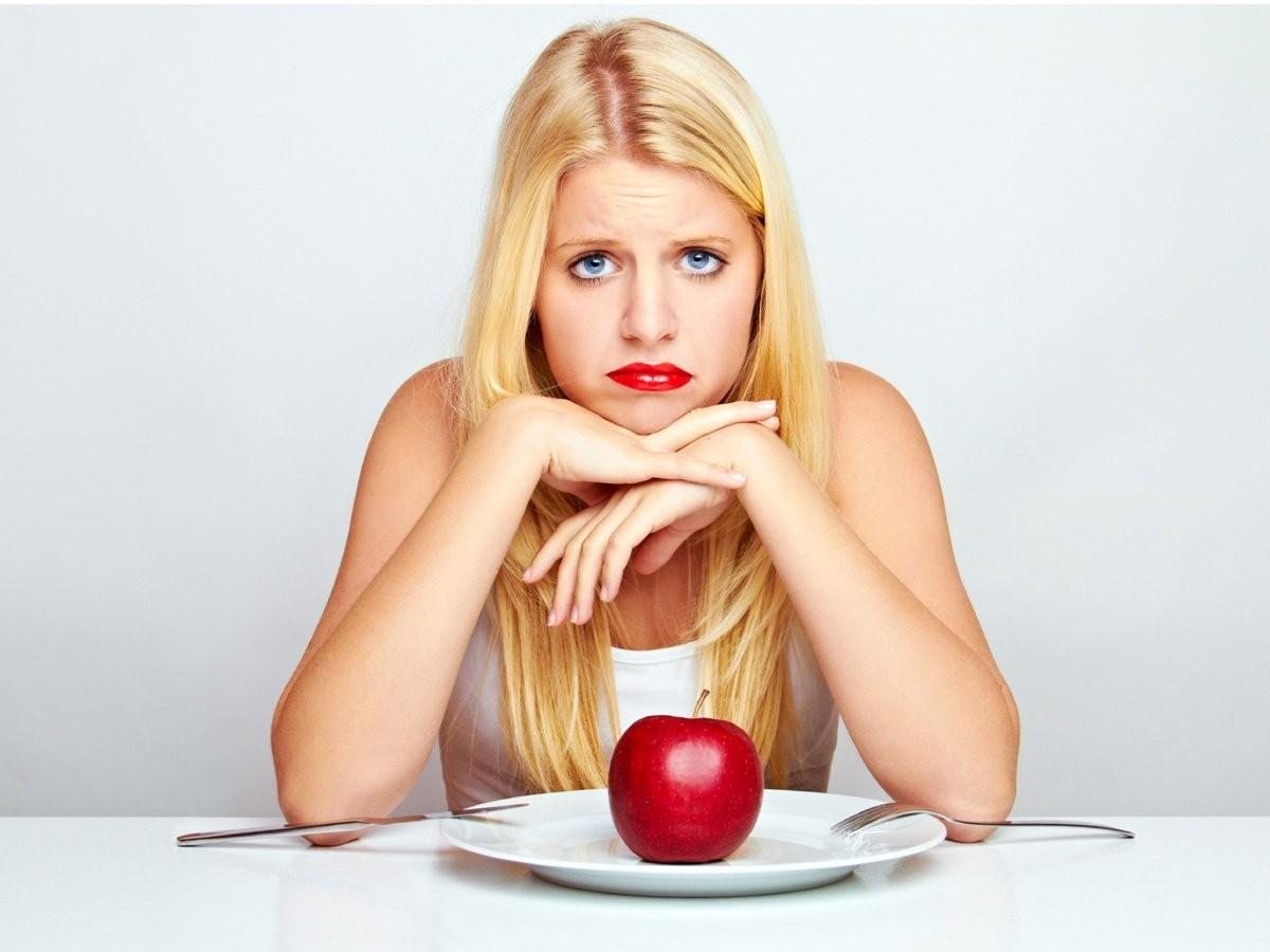 Строгие диеты могут стать причиной алкоголизма – учёные