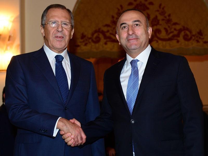 Лавров иЧавушоглу обсудили потребность предотвращения военных действий вСирии