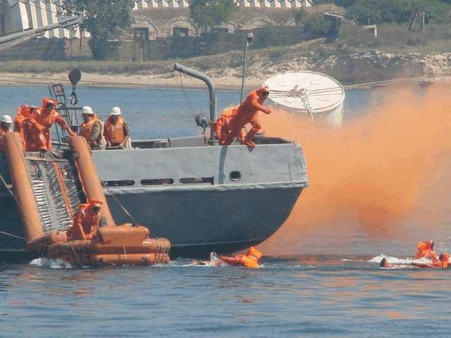 ВЧерном море отыскали тела еще 3-х погибших при крушении Ту-154