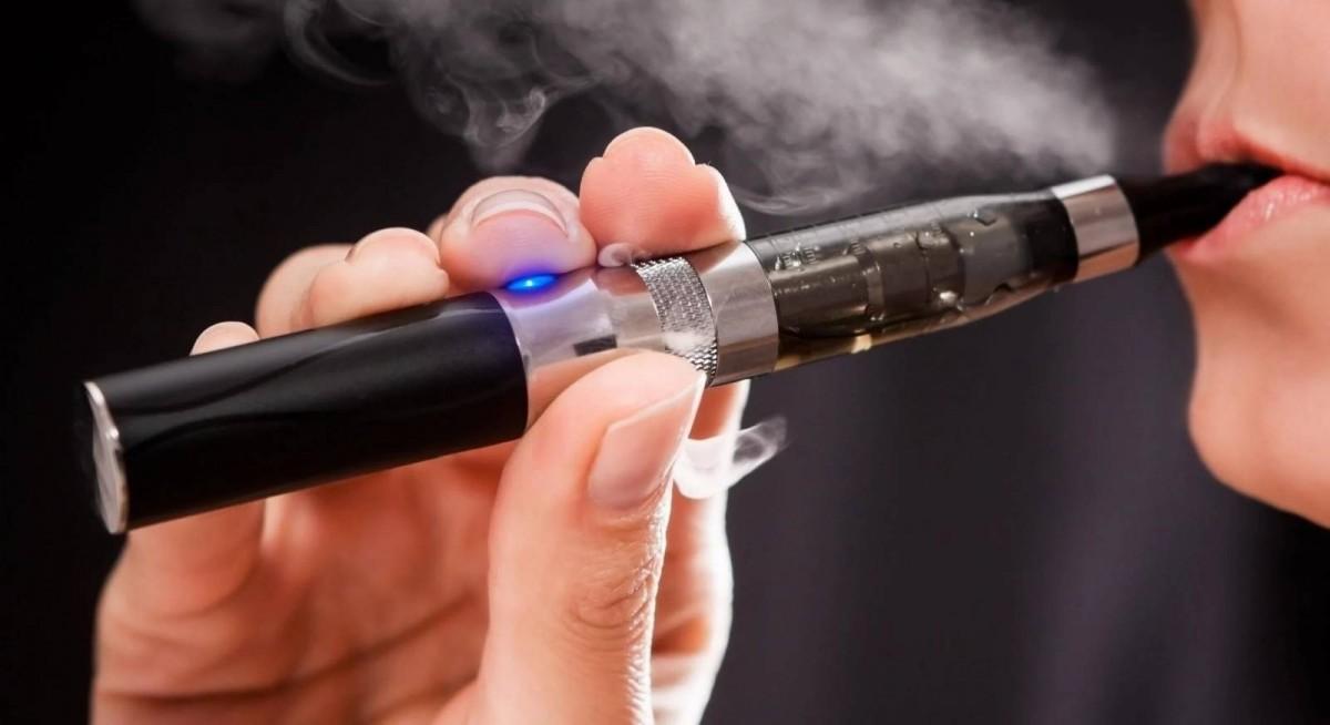 Электронные сигареты приводят к возникновению рака