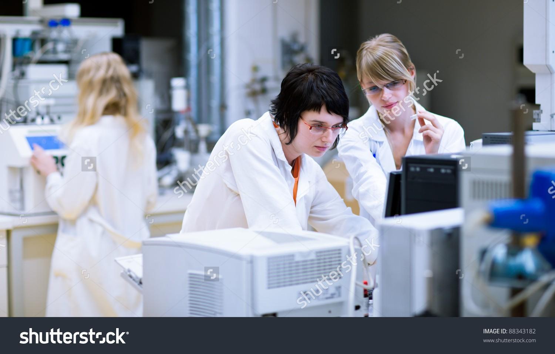В университете биологии развития РАН представили живой эквивалент кожи