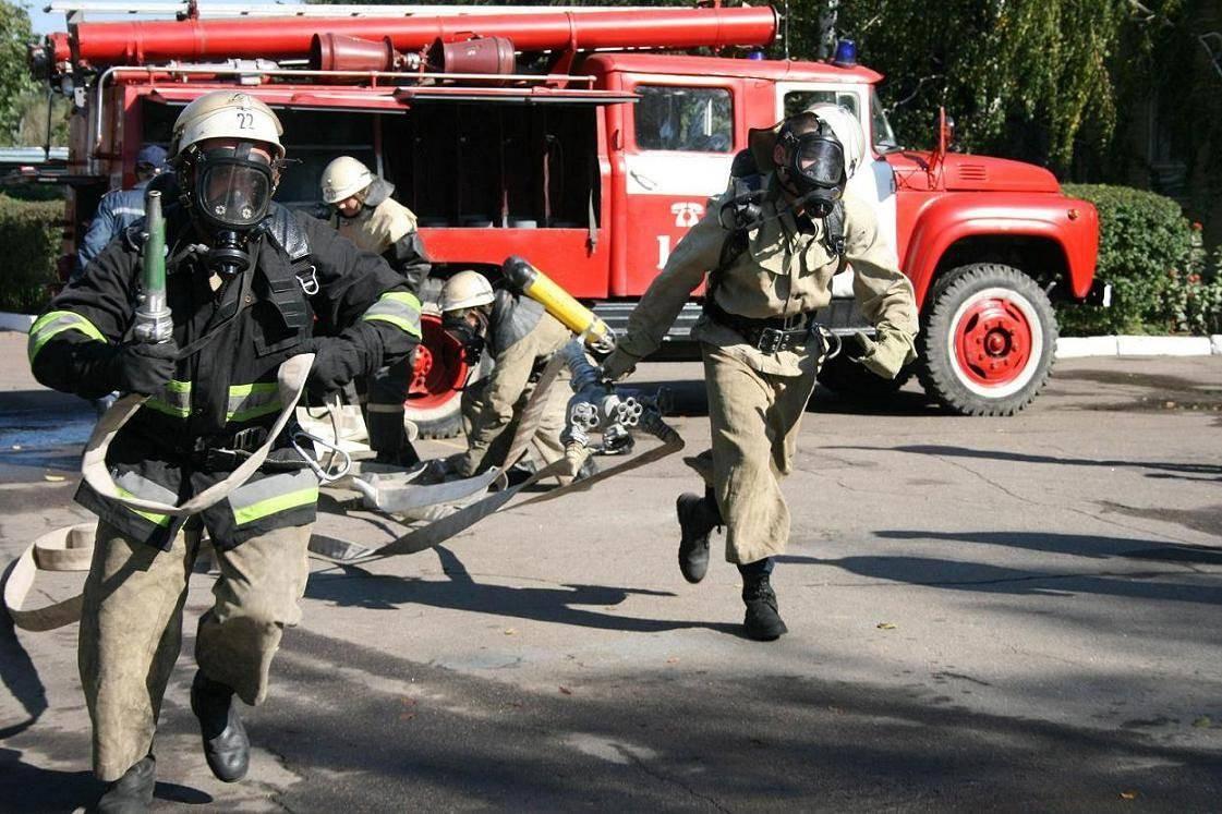 В столице около 350 человек эвакуировали изобщежития из-за пожара