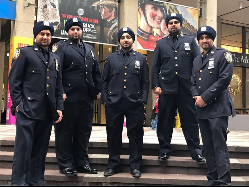 Религиозные служащих милиции вНью-Йорке смогут носить бороды итюрбаны
