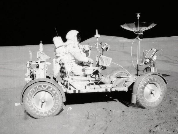 Японские ученые хотят приземлиться на Луне