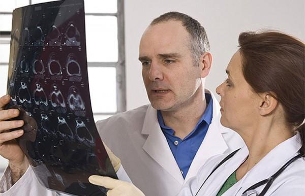 Ученые рассказали о пяти основных признаках онкологии