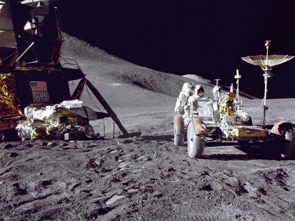 Ученые раскрыли тайну появления пыли на Луне