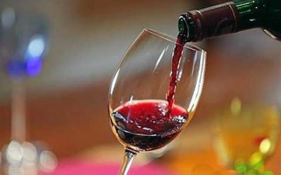 Технология изготовления вина влияет на его полезность