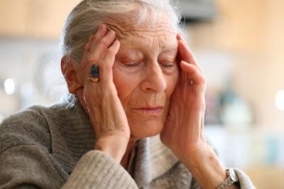 Вспышки света помогут избавиться от болезни Альцгеймера