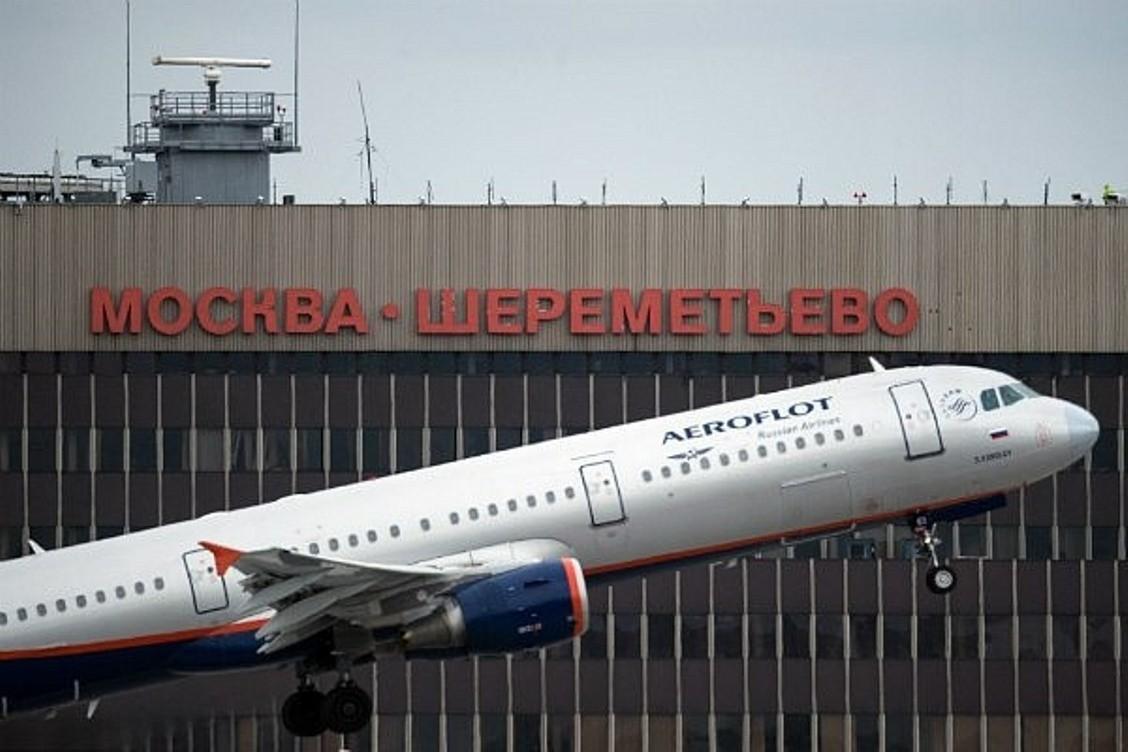 Заявивший обомбе человек без документов схвачен в«Шереметьево»