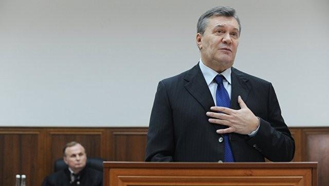 Защита Януковича просит суд вКиеве заслушать его показания