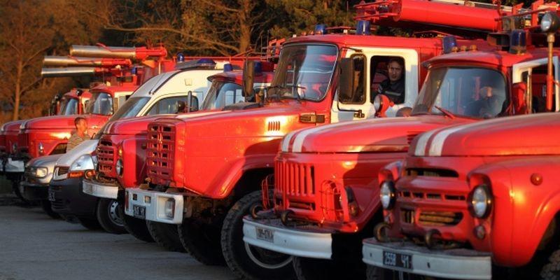 ВДонецке взорвался микроавтобус совзрывчаткой
