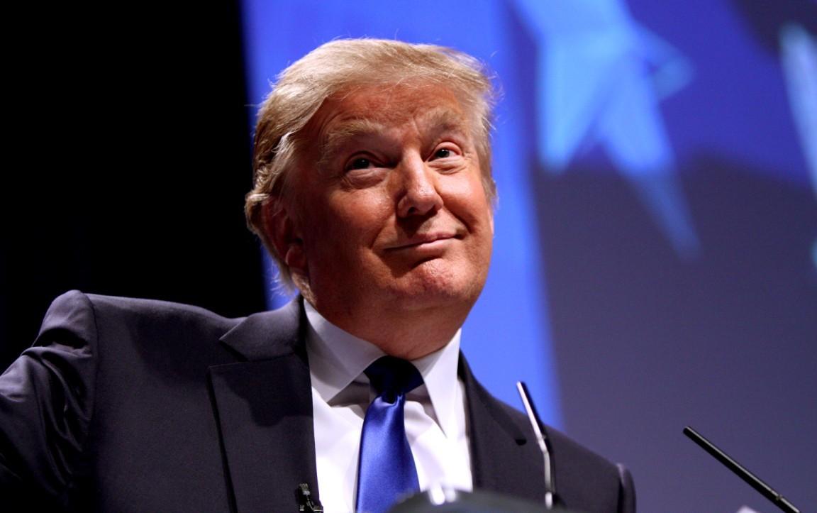 Трамп раскритиковал Шварценеггера занизкий рейтинг: онподдерживал Хиллари