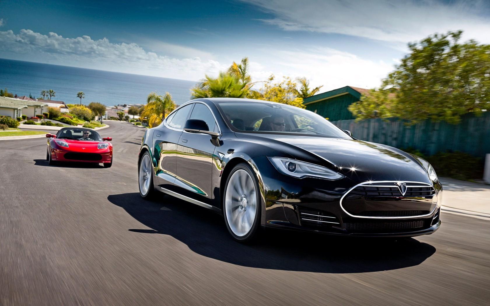 Tesla официально приедет в РФ