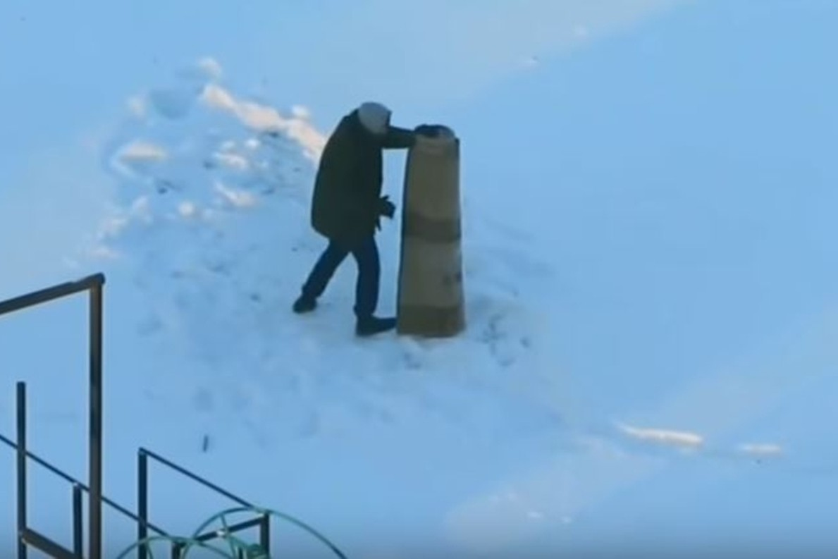 Спарринг жителя Минска сковром попал навидео
