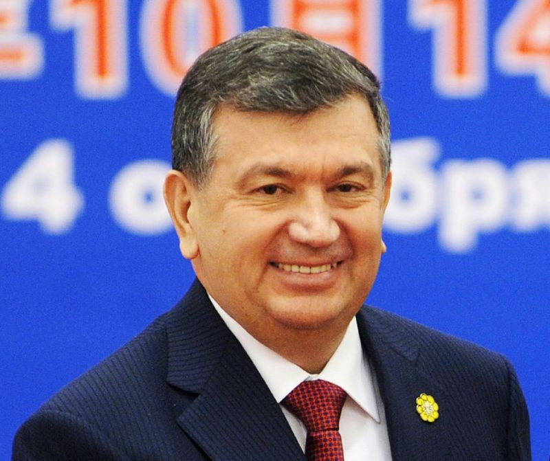 Президент Узбекистана перенес отмену виз для туристов на4 года