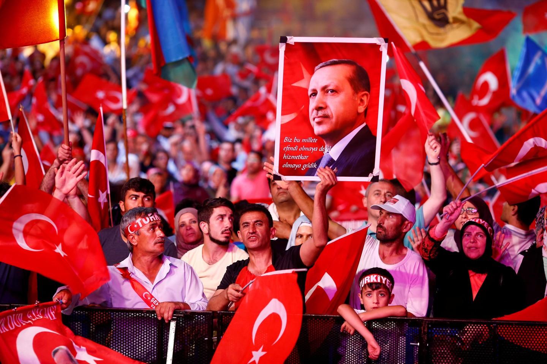 Референдум поконституции Турции может состояться всамом начале апреля