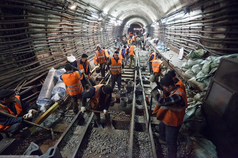 В столице Кожуховскую линию метро прокладывает уникальная техника