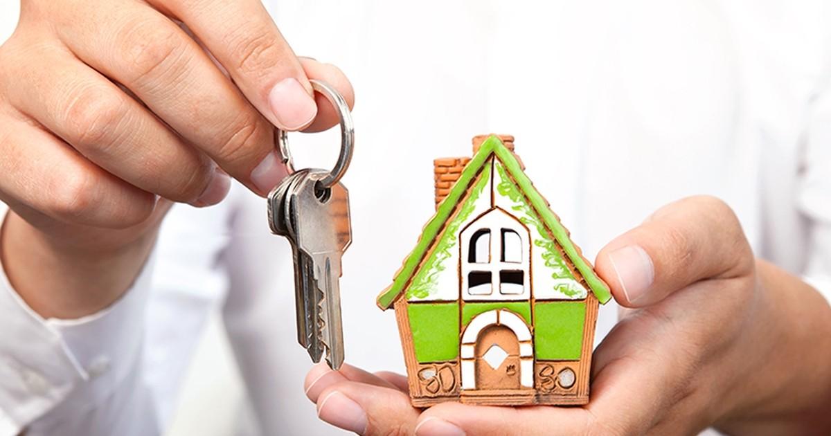 Бесплатную приватизацию жилья продлят недля всех