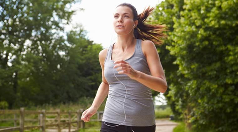 Ученые сообщили, что спорт делает людей счастливыми
