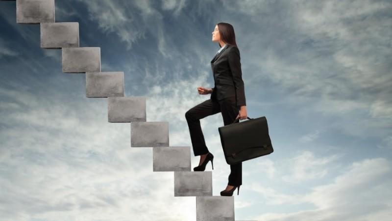 Ученые: Продвижение покарьерной лестнице опасно для здоровья