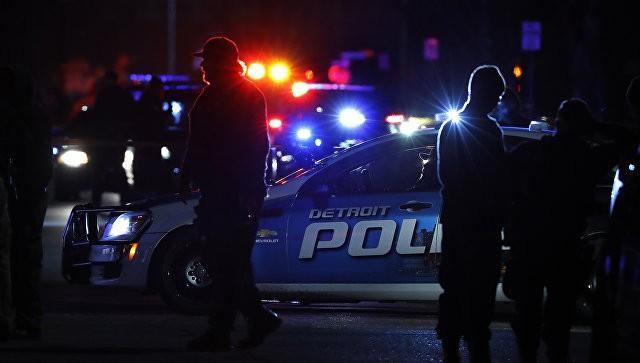 Неизвестный взял взаложники несколько человек вбанке американского города Таскалуса