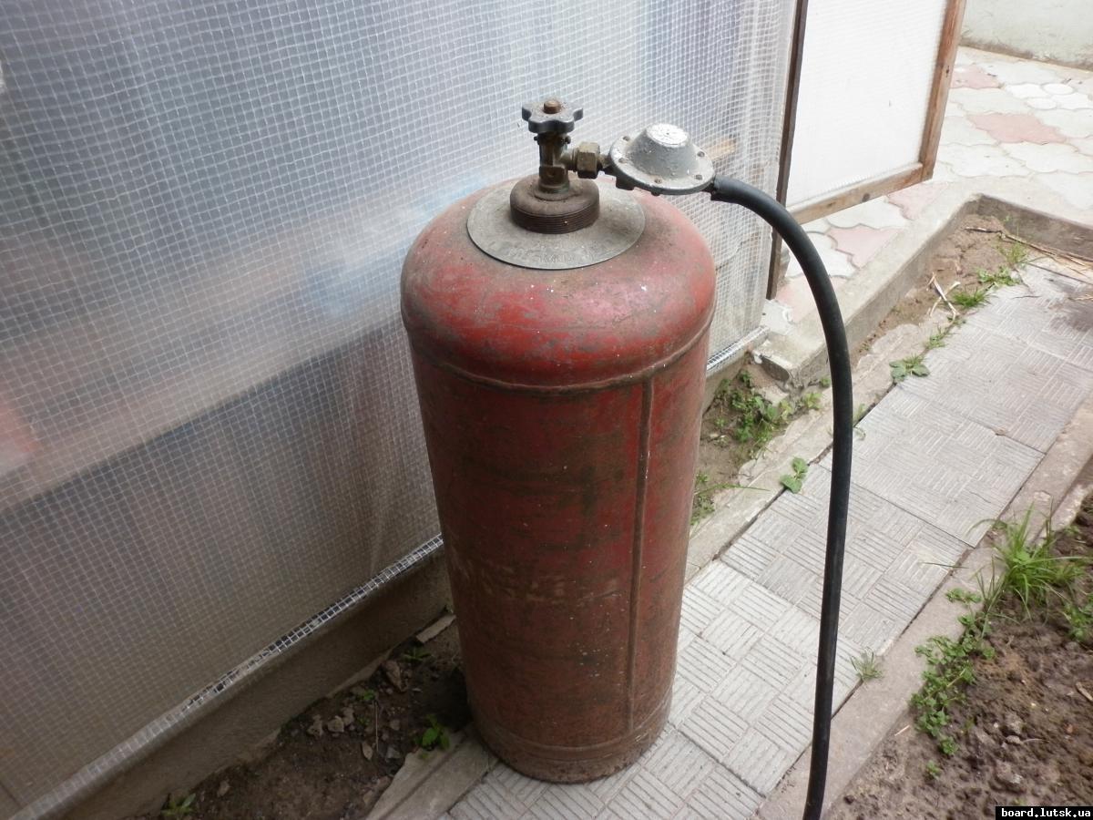В столице отугарного газа погибла женщина, двое еедетей вынуждены прибегнуть кпомощи медиков