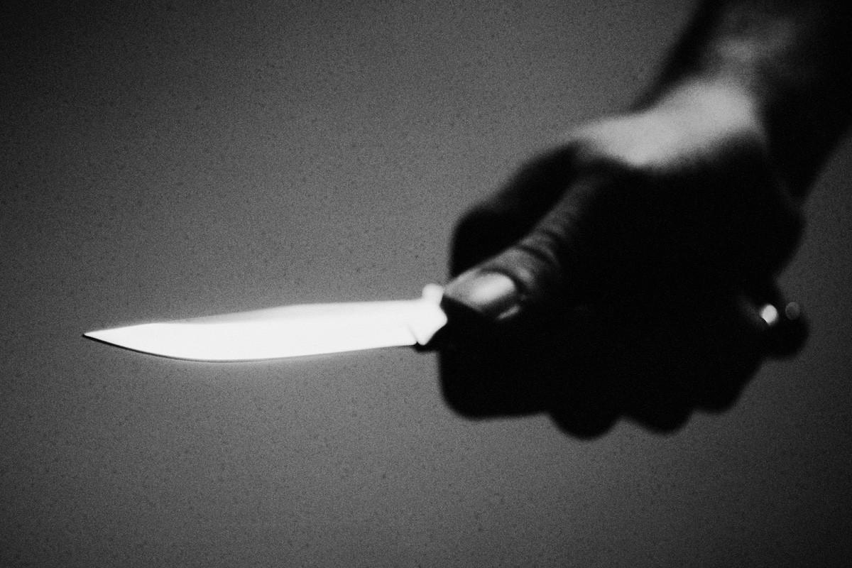 ВУфе ребенок напал сножом на служащих магазина