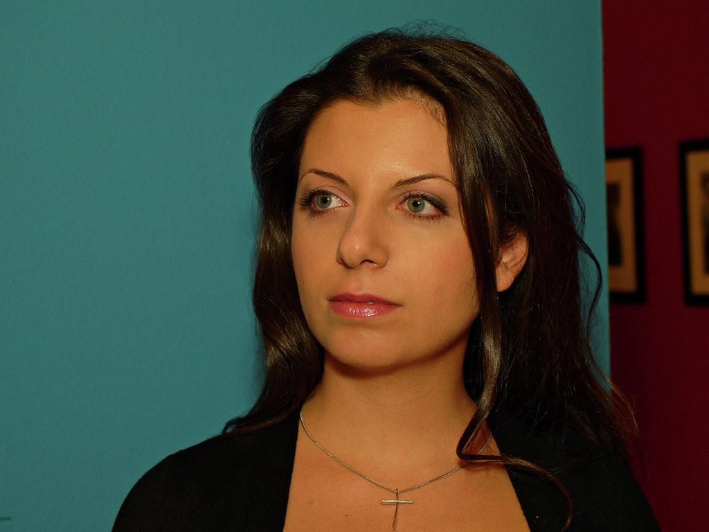 Длиннющие рукиRT: Симоньян пошутила о русском сюжете вамериканском эфире