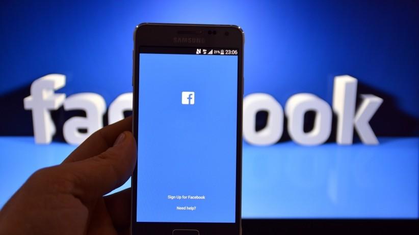 Юзеры социальных сетей повсей планете жалуются насбой вработе фейсбук