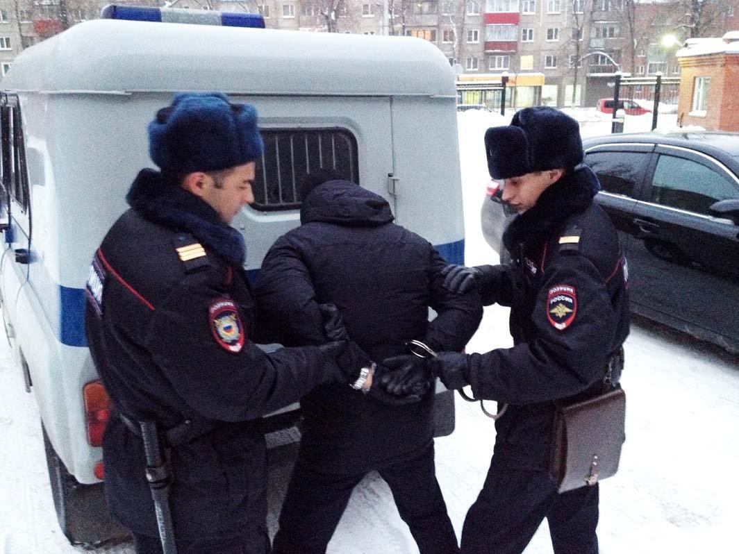 В столицеРФ задержали стрелка изохолощенного «Калашникова»