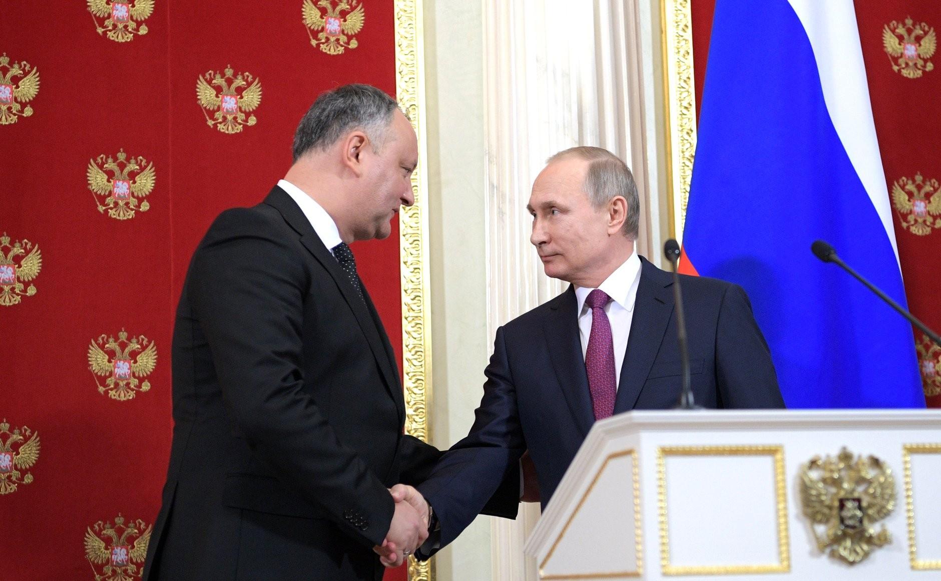 РФвыступает засохранение внеблокового статуса Молдавии— Путин