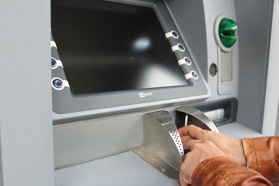 «Умные банкоматы» положат конец эпохи пластиковых карт в Российской Федерации
