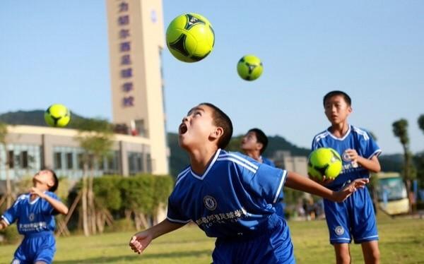 В «Поднебесной» сократят иррационально высокие заработной платы футболистов