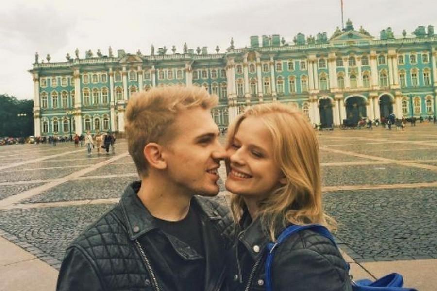 Звезда «Викинга» Александра Бортич рассталась сженихом