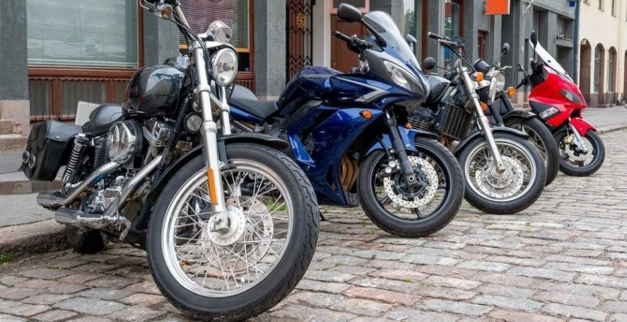 Рынок России мототехники вследующем году упал на40 процентов