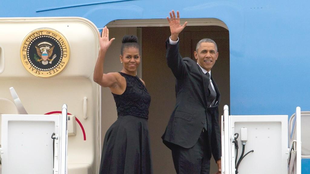 Обама покинул площадь перед Капитолием навертолете— направился наавиабазу