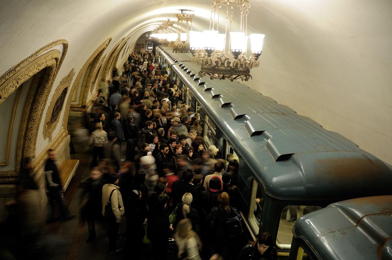 Вестибюли нескольких станций московского метро будут закрыты вближайшие выходные