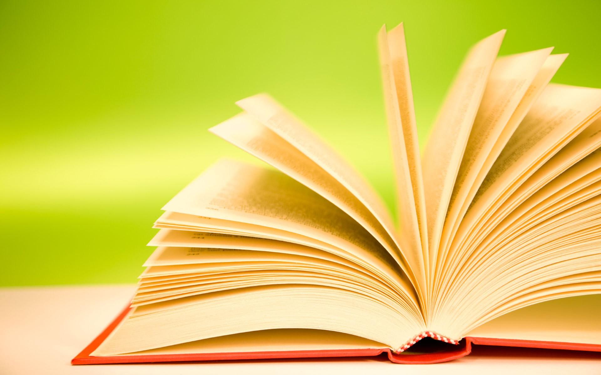 ТОП-5 книжек, обязательных к чтению, возглавил роман Ремарка