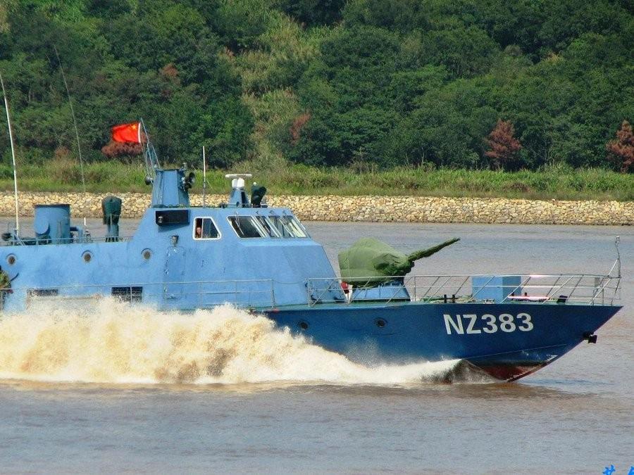 Корабли Китайская республика вошли вводы у неоднозначных островов вВосточно-Китайском море