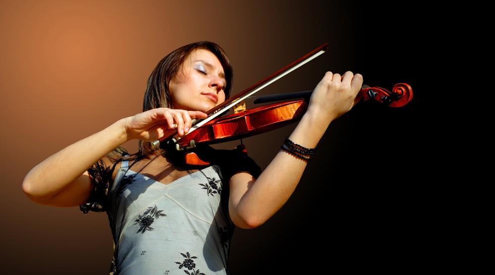 Музыкальный слух влияет навождение— Ученые