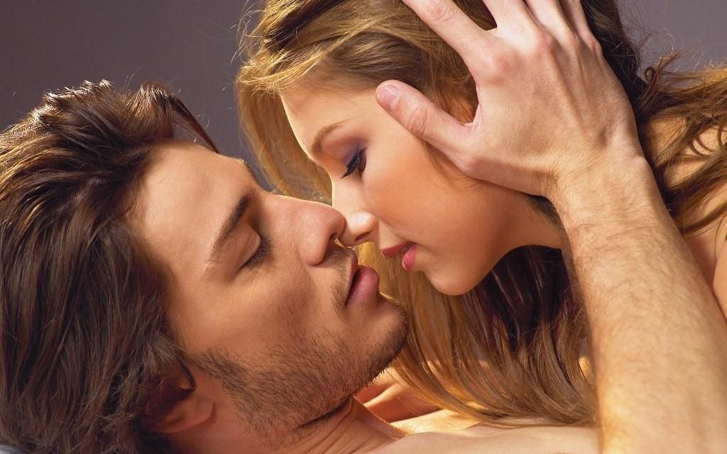 Гормон поцелуев поможет решить сексуальные проблемы