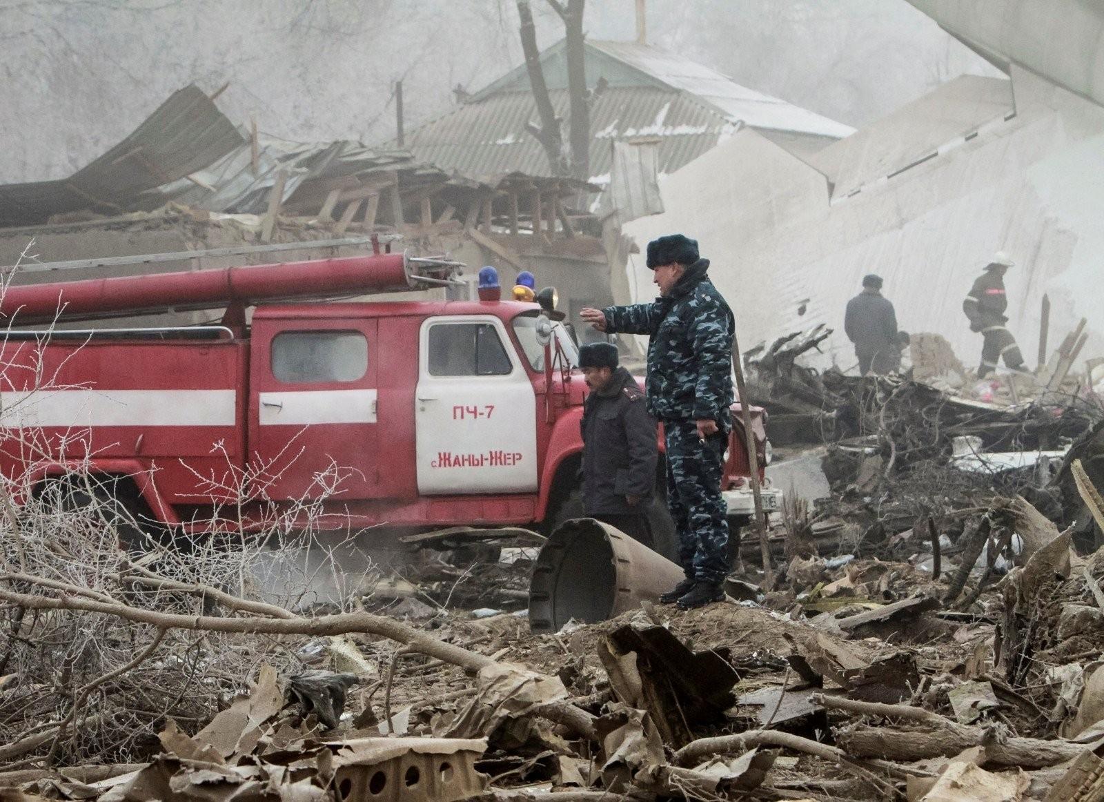 Число погибших авиакатастрофы под Бишкеком возросло до43 человек