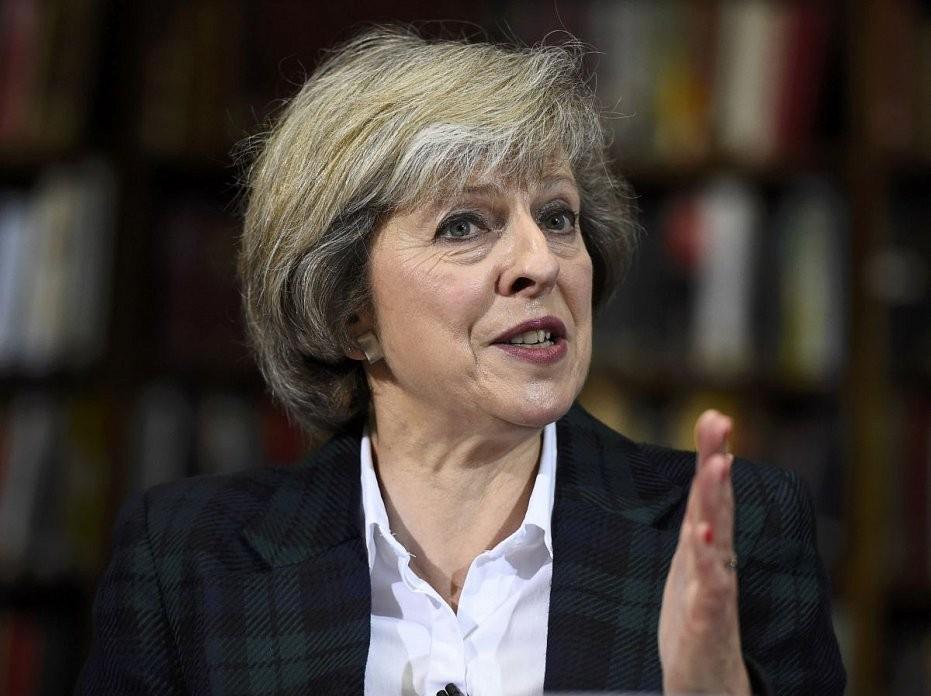 Британский премьер порекомендовала Трампу быть внимательным сРоссией